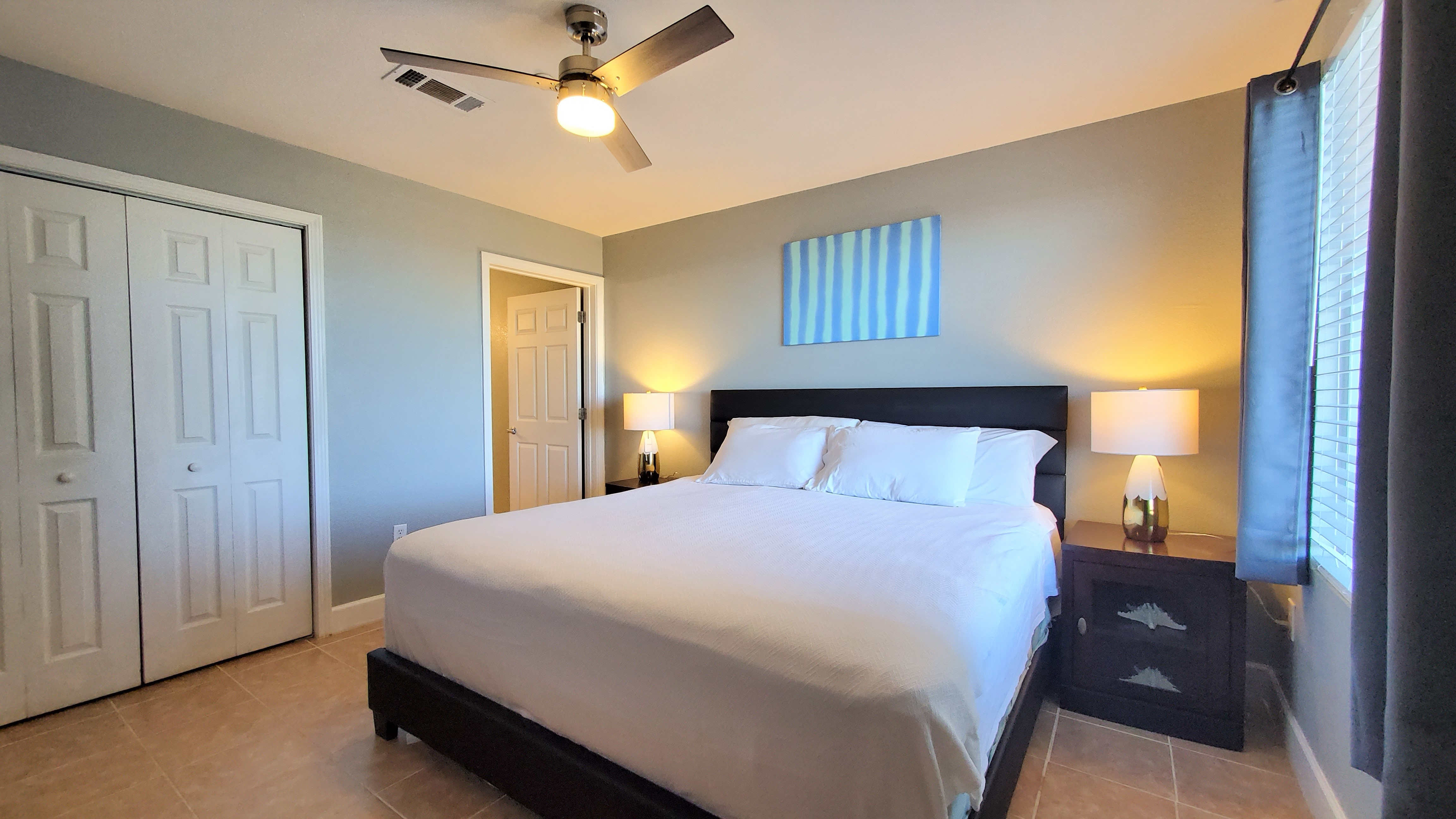 Tidewater Beach Resort - Bedroom